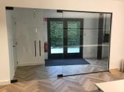 Dubbele deuren met vaste wand