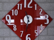 Klok, rood lakobel